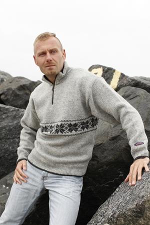 Sweater fra Norge i 100% ren uld